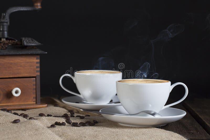 Två koppar kaffe arkivbild