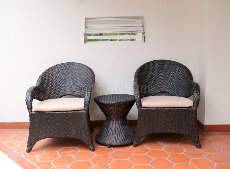 Två stolar arkivbild