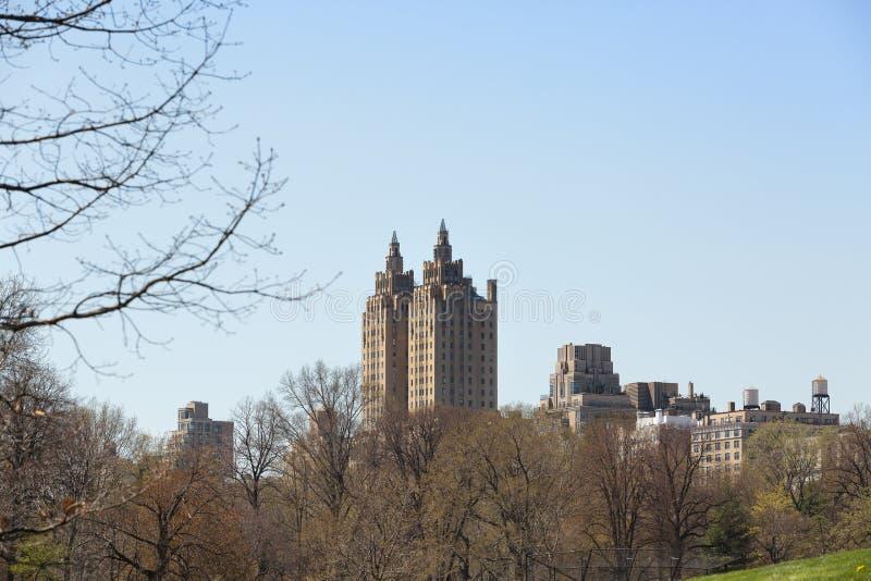 Två torn San Remo Luxury, Central Park, Manhattan, NYC arkivbilder