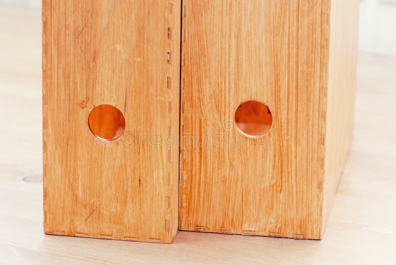Två träkontorsmappar royaltyfri fotografi
