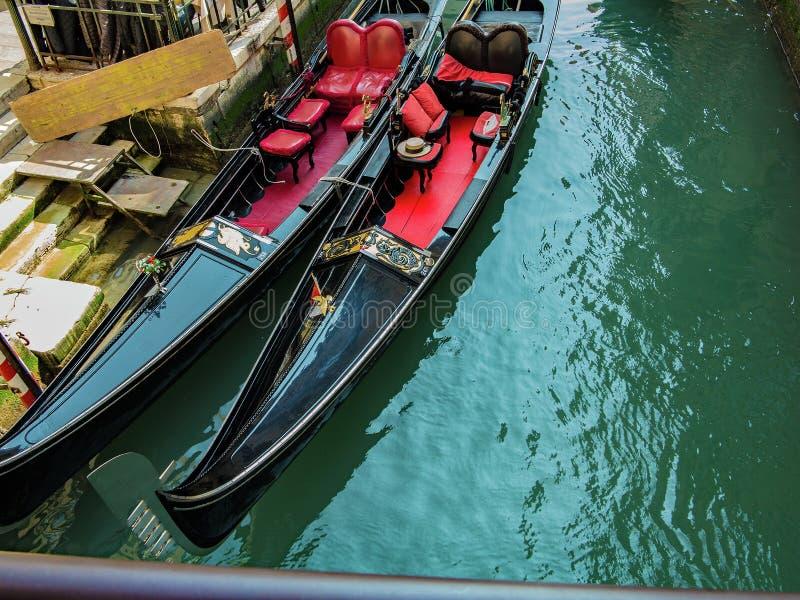 Två Venetian gondoler royaltyfria bilder