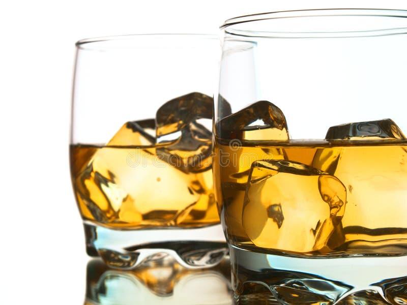 två whiskeys royaltyfri bild