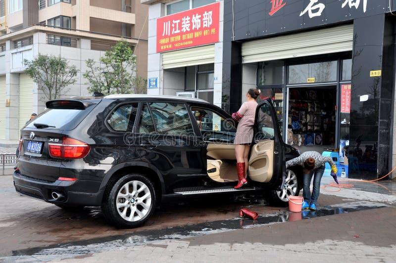 tvättande kvinnor för bilporslinpengzhou royaltyfria foton