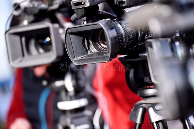 TV-camera's die media gebeurtenis uitzenden stock foto