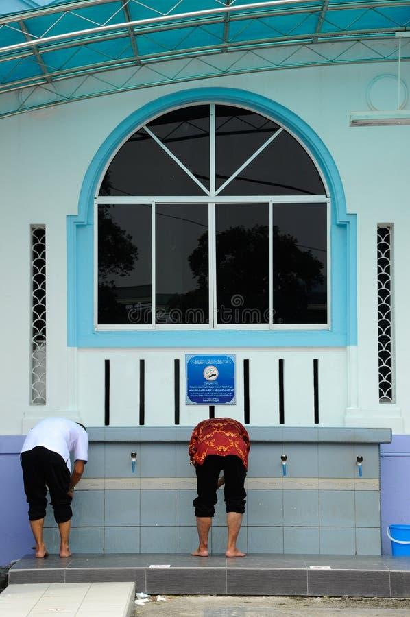 Tvagning av Masjid Jamek Dato Bentara Luar i Batu Pahat, Johor, Malaysia arkivbild