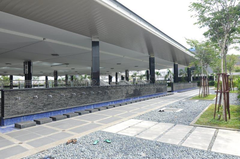 Tvagning av Puncak Alam Mosque på Selangor, Malaysia arkivbild