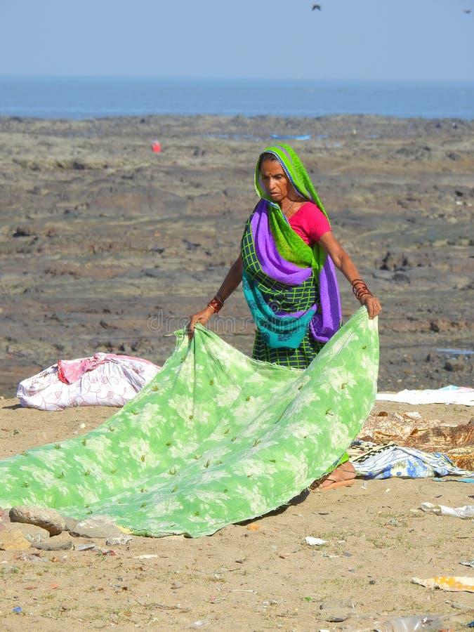 Tvagningtvätteri nära den Chuim byn Bandra royaltyfri fotografi