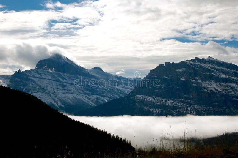 Tvilling- glaciärer på glaciärnationalparken royaltyfri fotografi