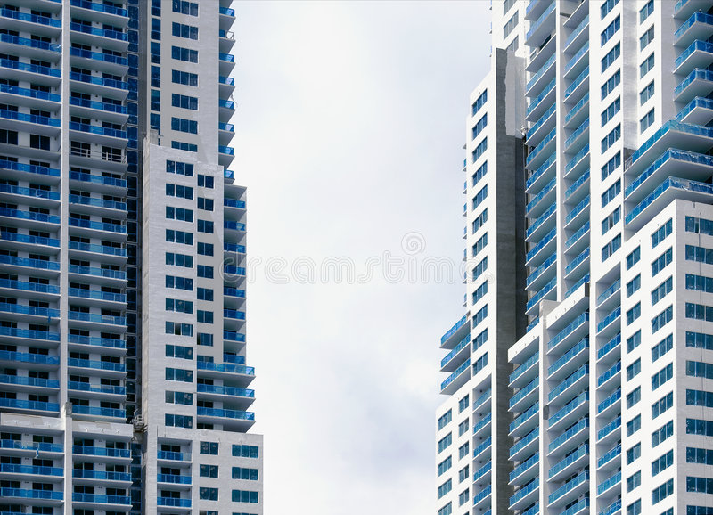 tvilling- skyrise royaltyfria foton