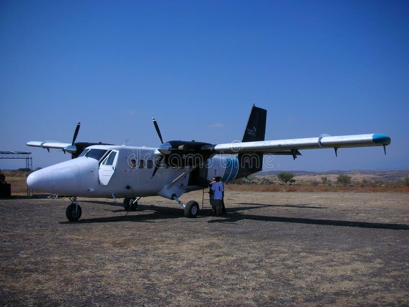 Tvilling- utter för flygplan. royaltyfria foton