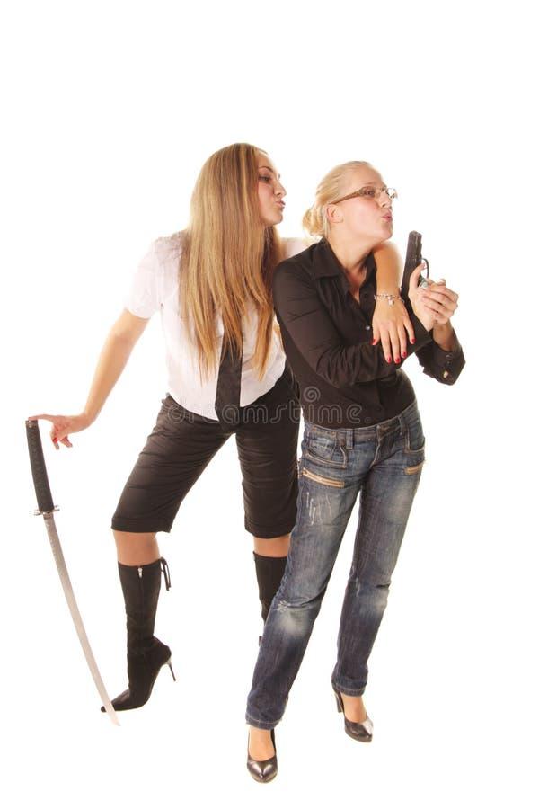 Twee bewapende vrouwen royalty-vrije stock foto's