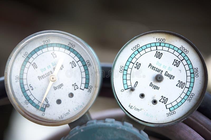 Twee drukmanometer royalty-vrije stock afbeeldingen