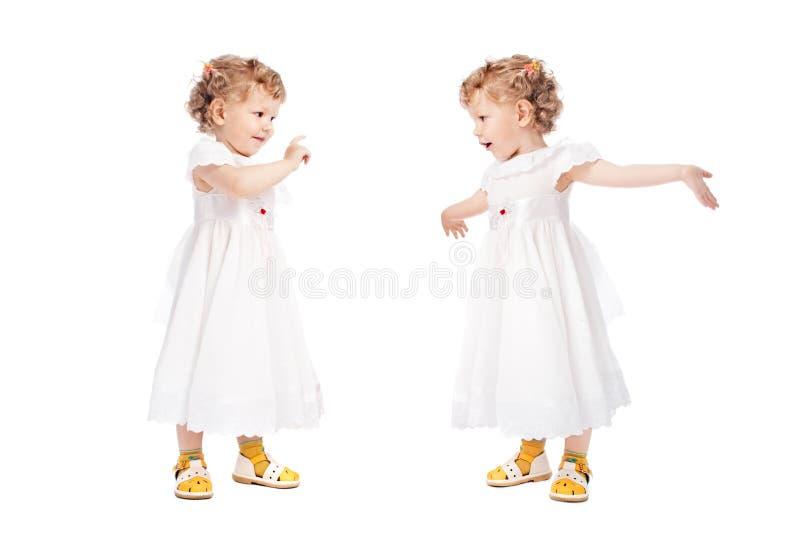 Twee emotionele meisjes royalty-vrije stock afbeelding