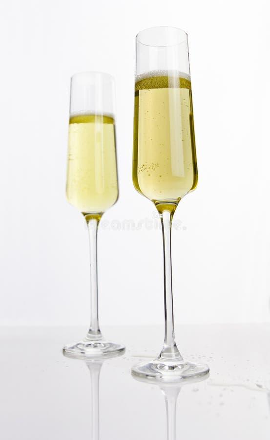 Twee fluiten van champagne stock fotografie