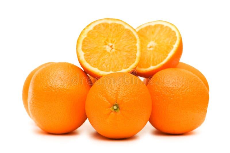 Twee geïsoleerdet sinaasappelen royalty-vrije stock fotografie