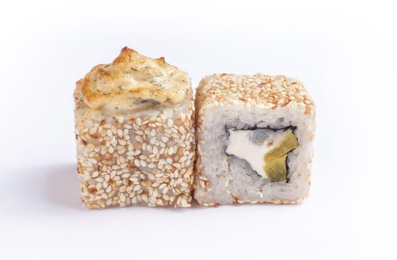 Twee gebakken sushi stock afbeeldingen