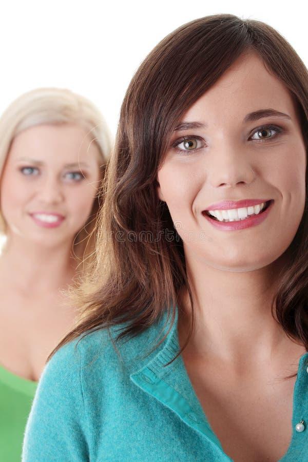 Twee gelukkige meisjes