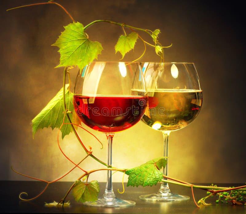 Twee glazen wijn stock foto