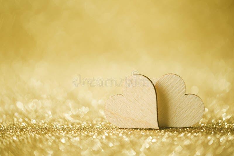 Twee harten op de achtergrond stock foto