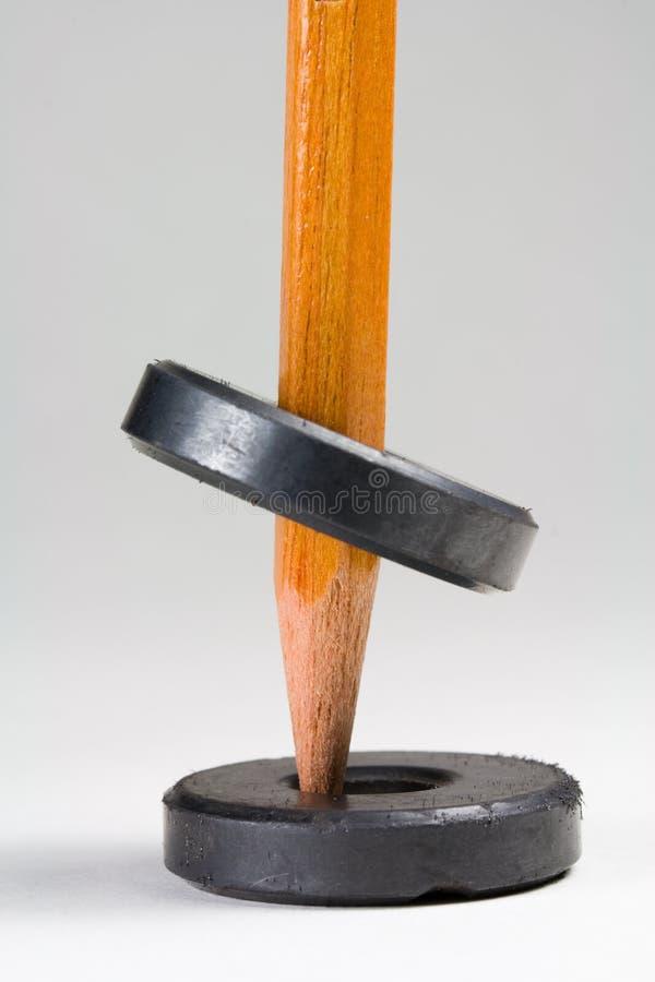 Twee het verzettende Levitatie ondergaan van Magneten stock afbeeldingen