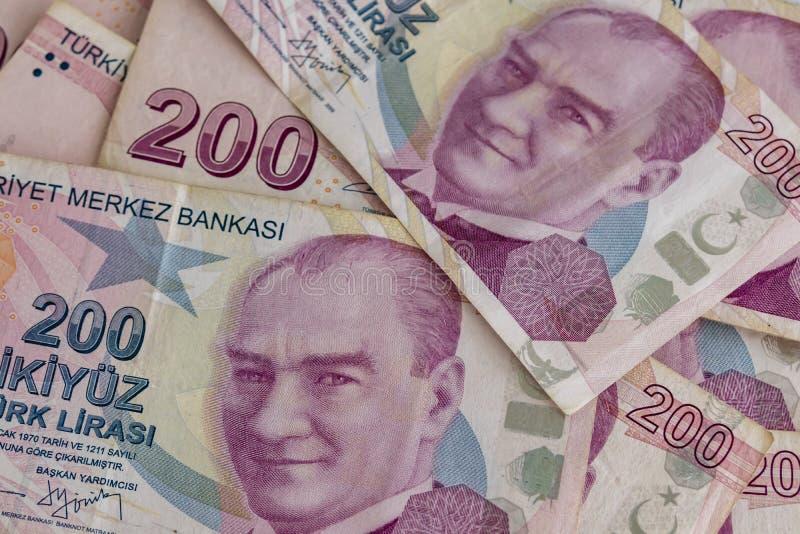 Twee honderd Turkse Lirebankbiljetten in omloop stock fotografie