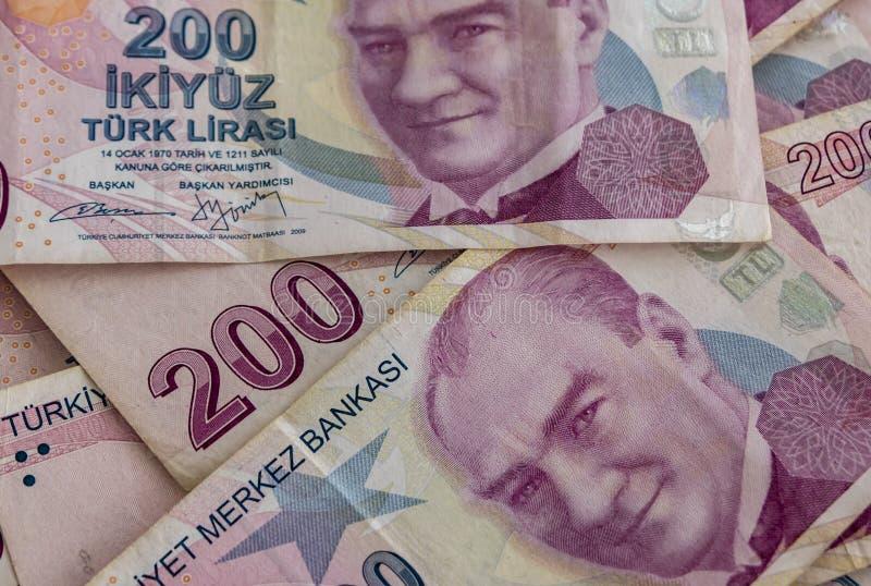 Twee honderd Turkse Lirebankbiljetten in omloop royalty-vrije stock foto's