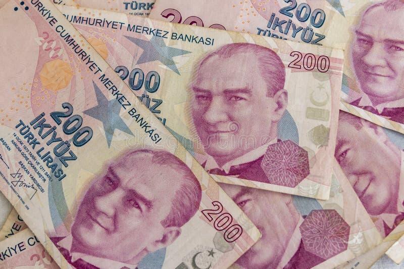 Twee honderd Turkse Lirebankbiljetten in omloop royalty-vrije stock foto