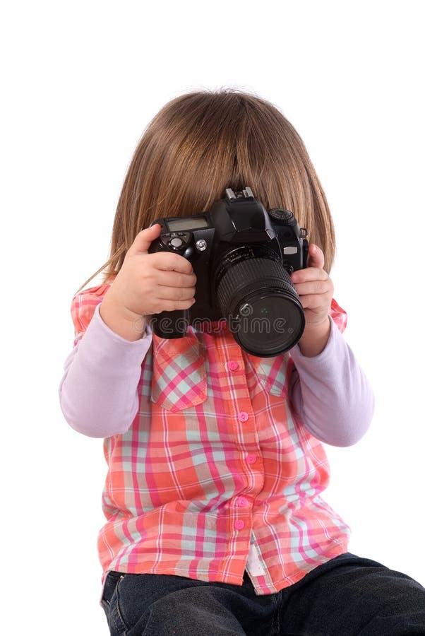 Twee-jaar-meisje en fototoestel royalty-vrije stock foto