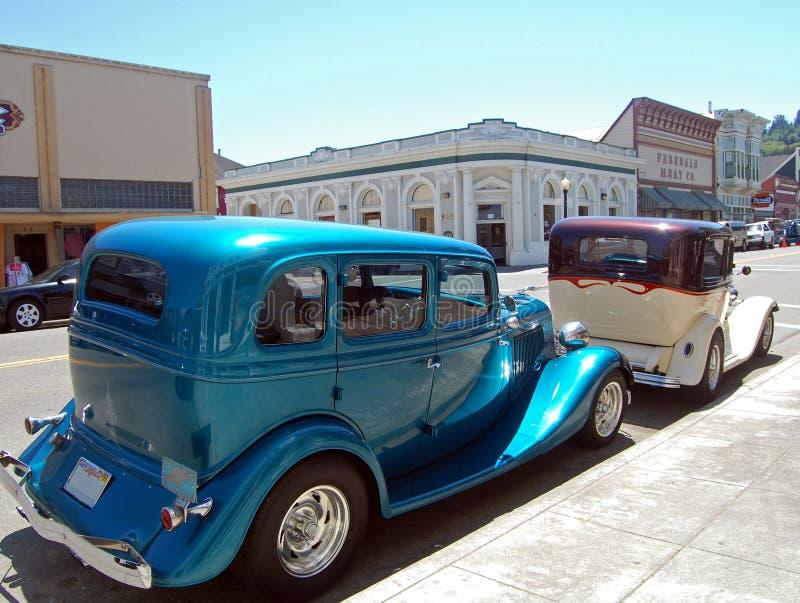 Twee klassieke auto's stock foto's