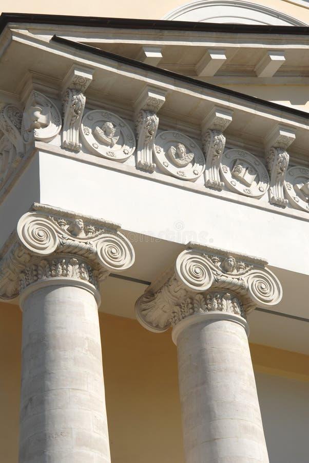 Twee klassieke Griekse kolommen royalty-vrije stock foto