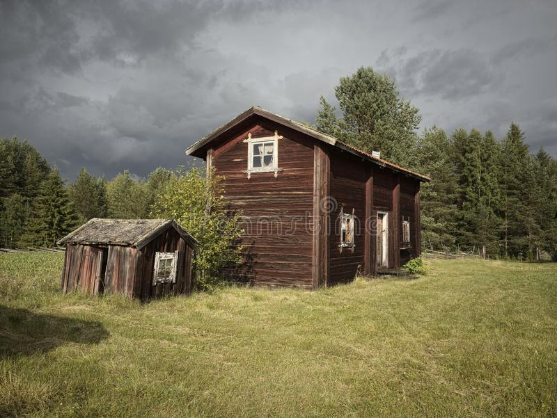 Twee kleine plattelandshuisjes stock afbeelding