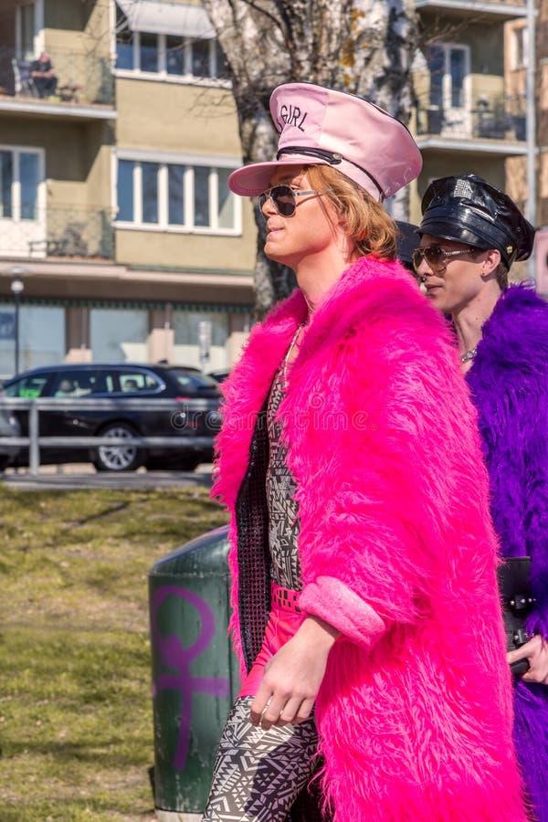 Twee mensen in kleurrijk bont royalty-vrije stock foto's