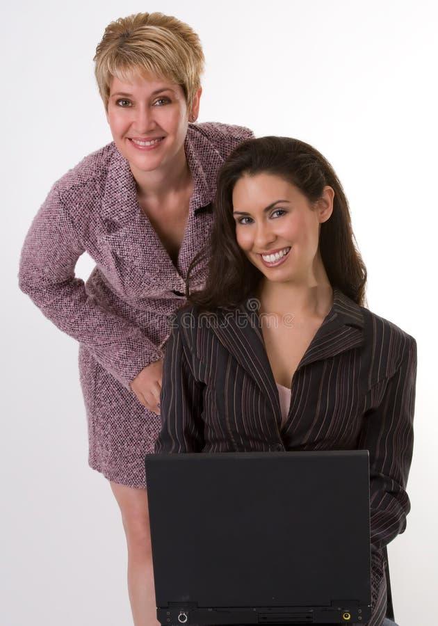 Twee Mooie BedrijfsVrouwen stock foto's