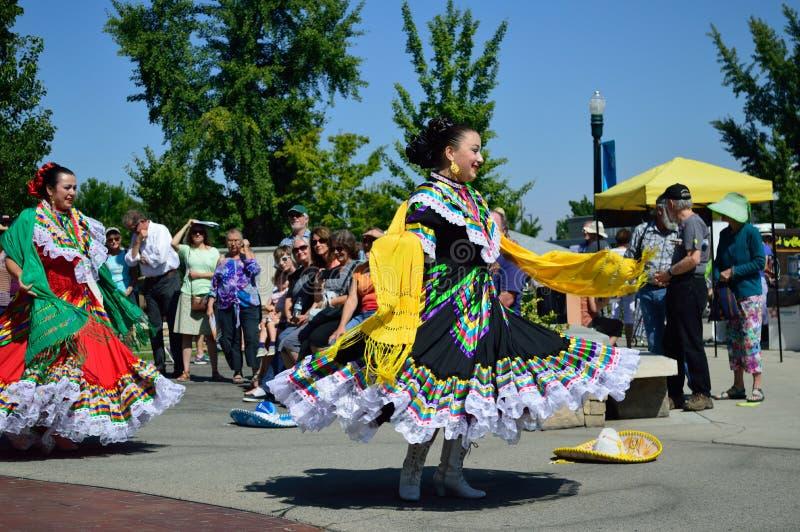 Twee Mooie Dansers Boise Idaho van Vrouwenflemenco stock foto's