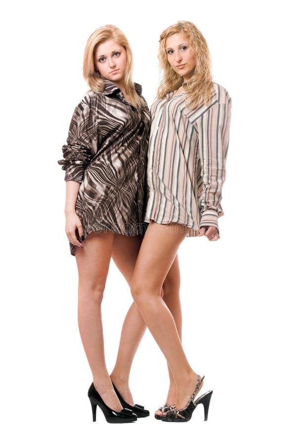 Twee mooie jonge vrouwen royalty-vrije stock fotografie