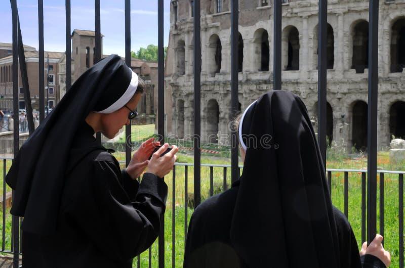 Twee Nonnen in Rome royalty-vrije stock foto