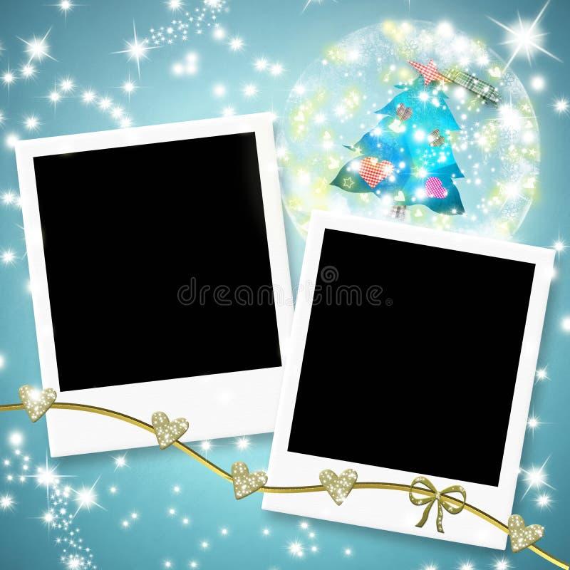 Twee onmiddellijke fotokaders en Kerstmisboom binnen een bal royalty-vrije stock foto's