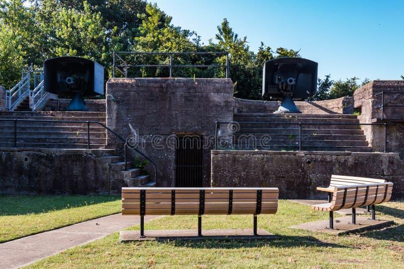 Twee Plaatsingen voor snel-Brandkanonnen bij Fort Monroe royalty-vrije stock foto