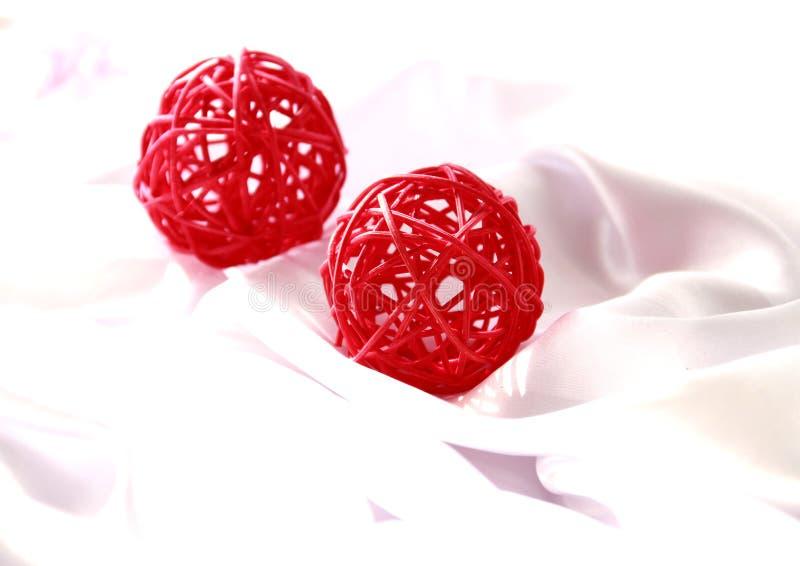 Twee Rode Kerstmisbal royalty-vrije stock afbeelding
