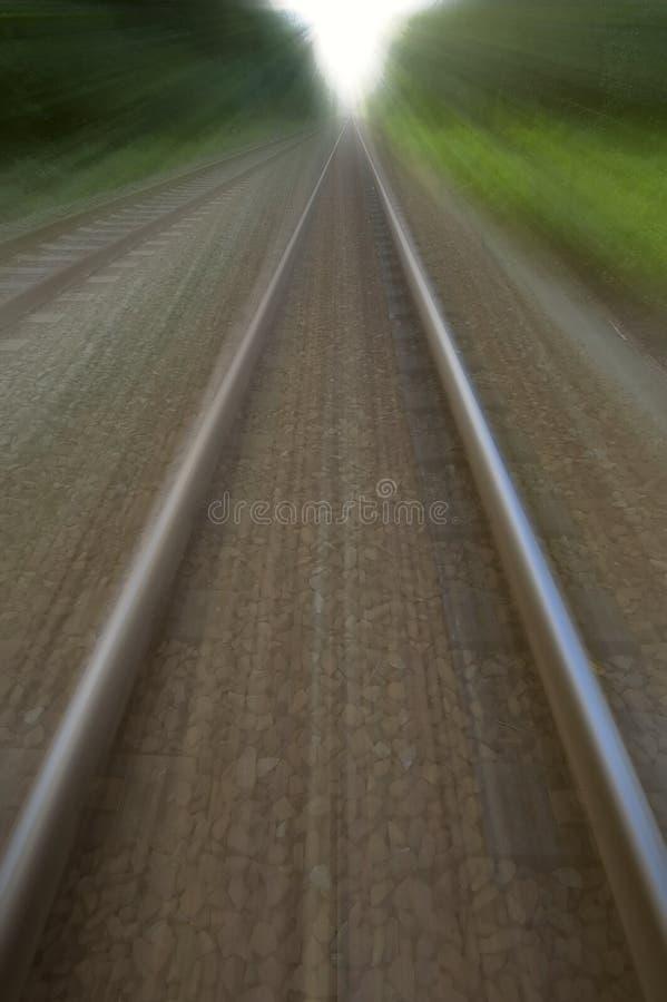 Twee snelle treinsporen stock afbeeldingen