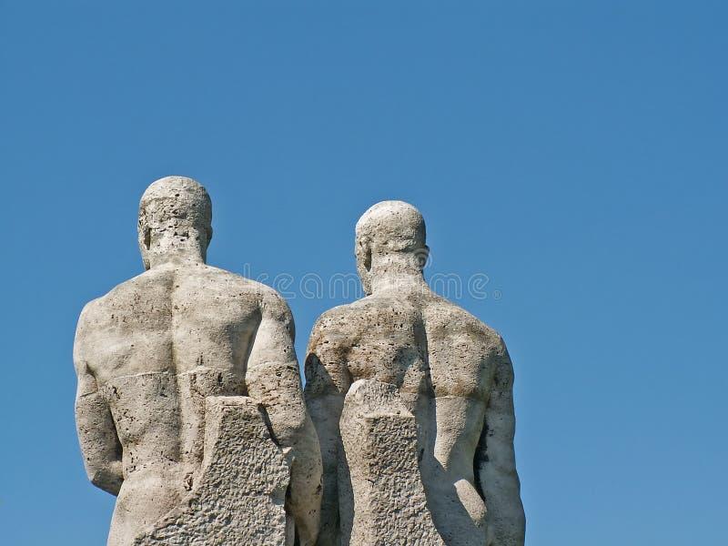 Twee standbeelden royalty-vrije stock afbeeldingen