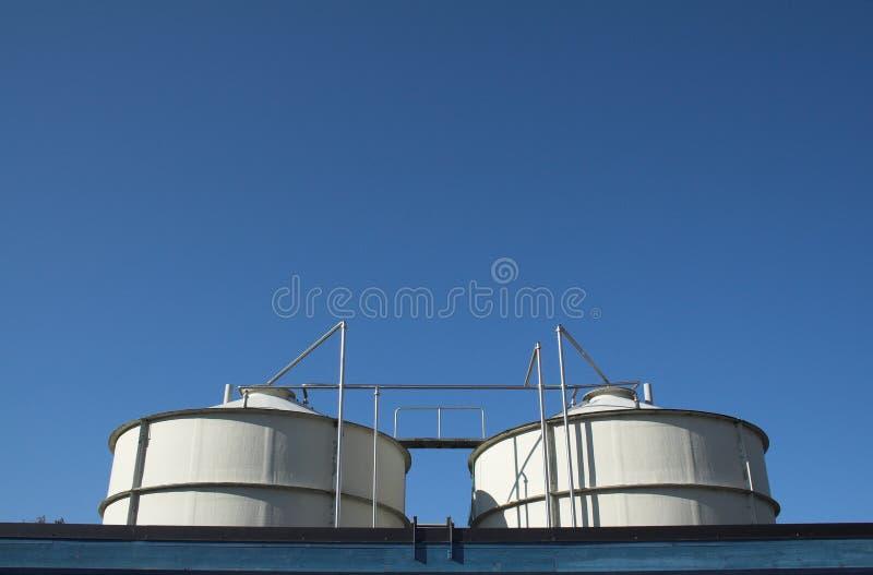 Twee tanks royalty-vrije stock foto's