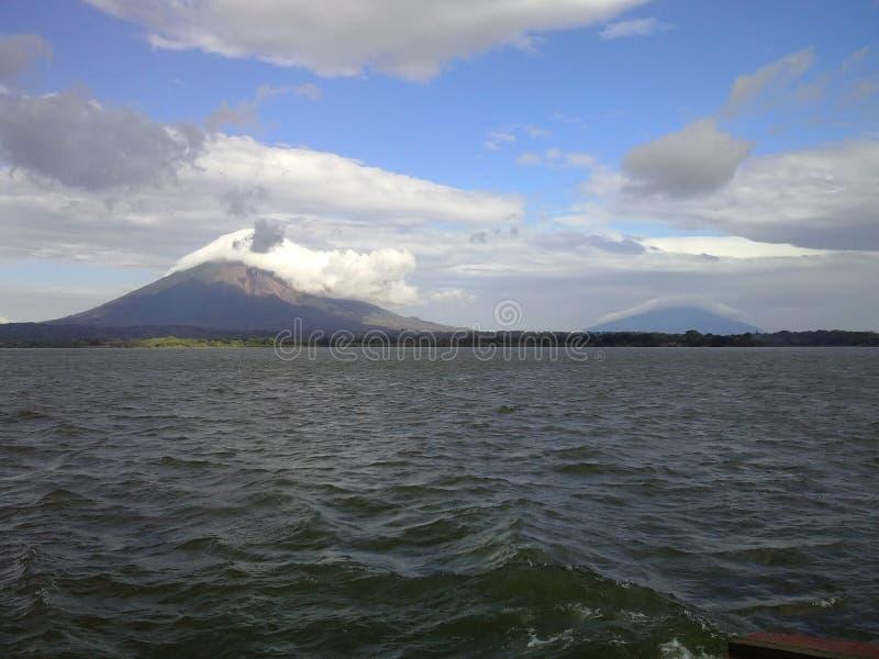 Twee vulkanen van Ometepe-Eiland, Nicaragua royalty-vrije stock foto