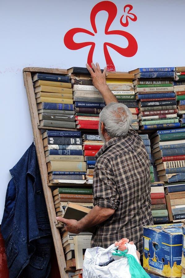 Tweedehandse Boekhandelaar stock foto