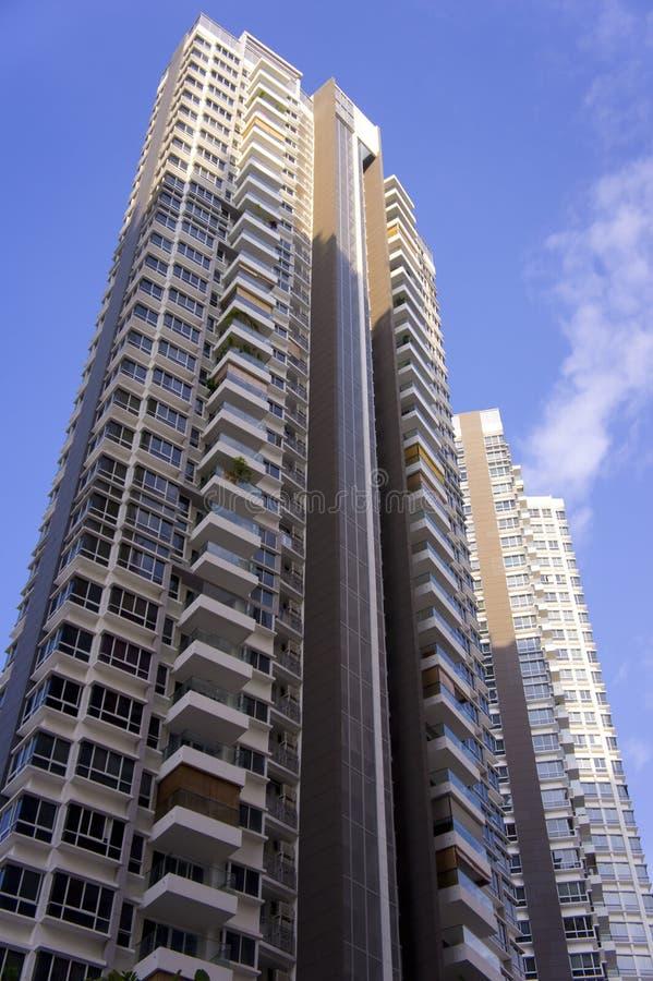 Tweeling flatgebouwen stock foto