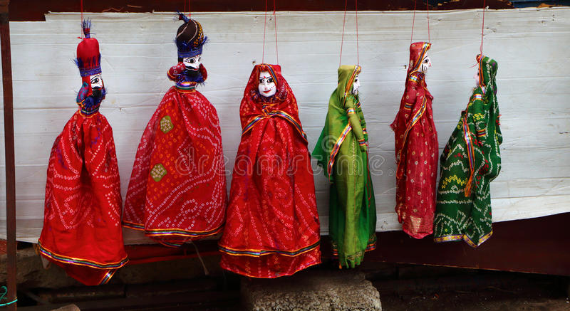Tweezijdige antieke poppen Kochi India stock afbeeldingen