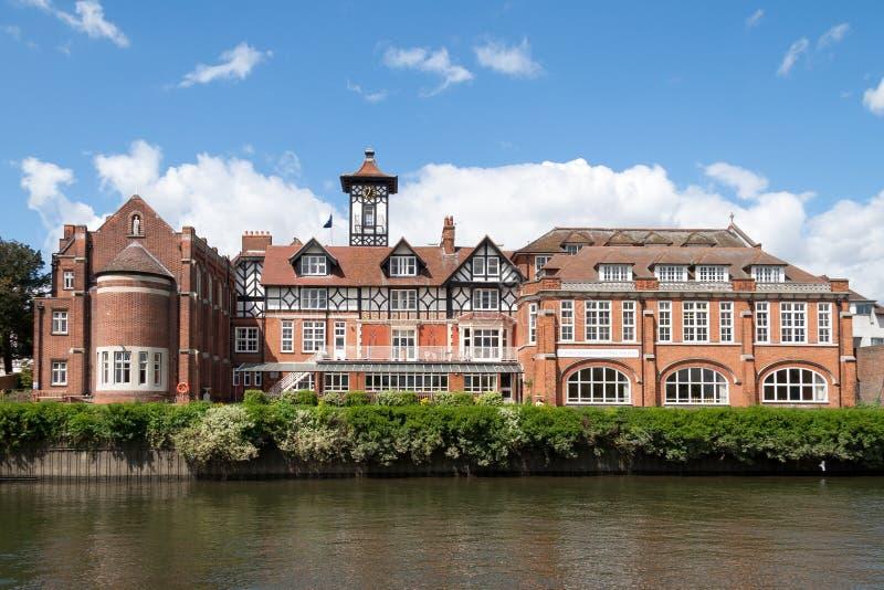 TWICKENHAM MIDDLESEX/UK - MAJ 8: St James Independent School f royaltyfri foto