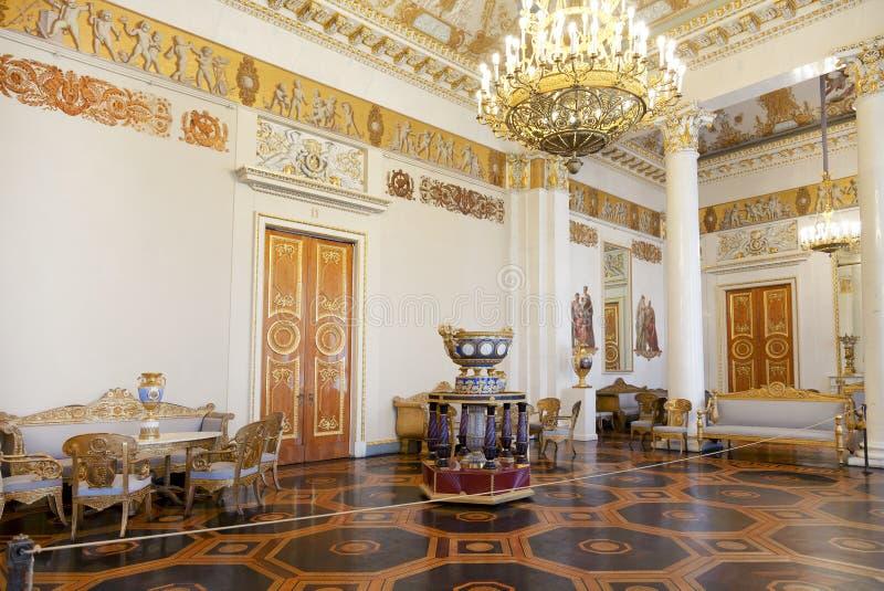 Twierdzi Rosyjskiego muzeum wnętrze biała szpaltowa sala, zdjęcia royalty free