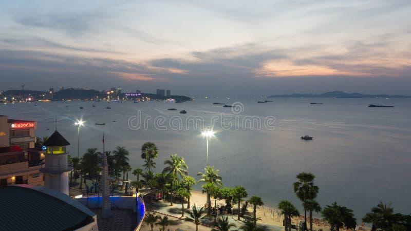 Twilight время в городе Паттайя стоковые изображения rf