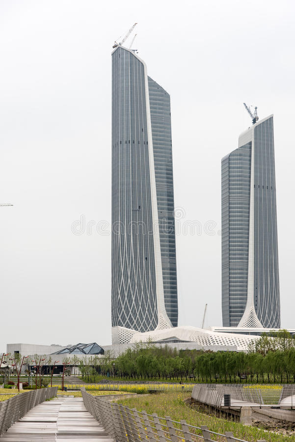 Twin Tower-Nanjing-Jugend-olympische Mitte stockbild